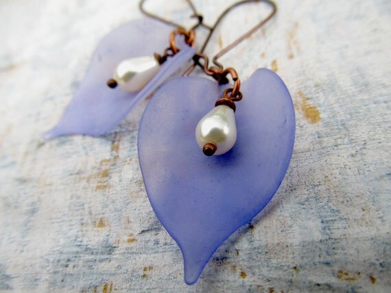 leaf earrings purple pastel Spring earrings Nature jewelry Spring Fashion