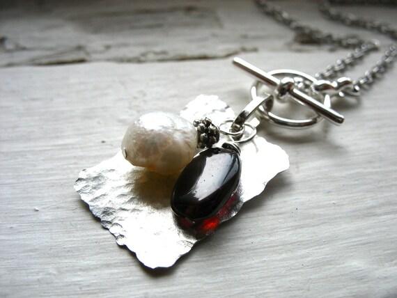 Garnet, Garnet Necklace, Pearl Necklace, Garnet Stone Freshwater Pearl Hammered Rectangle Necklace, Garnet Jewelry