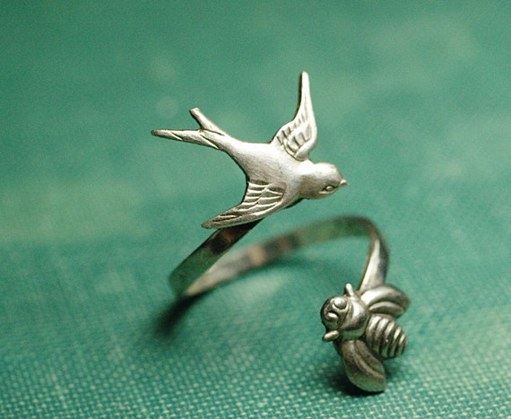 Bird & bee ring wrap vintage style silver finish
