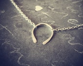 Luck. Sterling Silver Horseshoe Necklace.