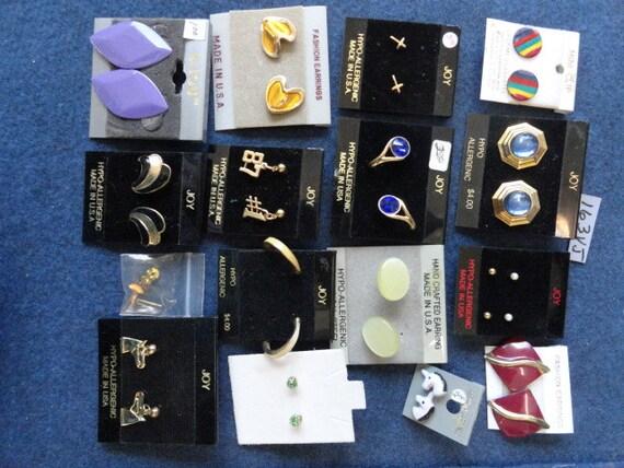 Below Wholesale Earrings 16 Pair Post Never Worn Bulk Quantity 163a VJ
