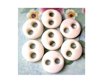10 Vintage glass buttons white to cream, 14mm