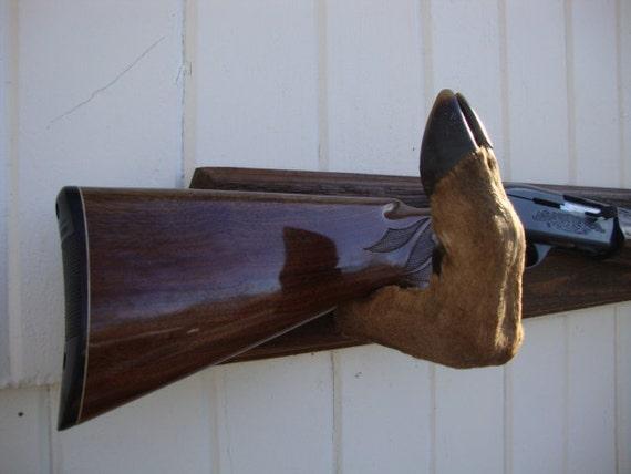 deer foot bow rack 2