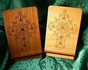 Thoth Cross Cedar Card Stand