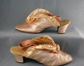 Vintage 30s Silk Satin Peep Toe Heeled Boudoir Slipper Shoes