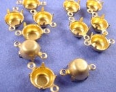 24 Brass Round Prong Settings 39SS 8mm Connectors 2 Ring Closed Back