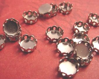 20 Silver Tone Round Lace Edge Bezel Cups 5mm