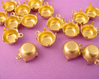 24 Brass Round Prong Settings 40SS 8mm 1 Ring closed Back