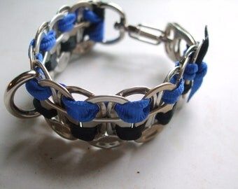 Tab Top Pet Collar for Toy Breeds and Cats Top Ten Finalist in the Art of ReUse Contest As seen on the Today Show