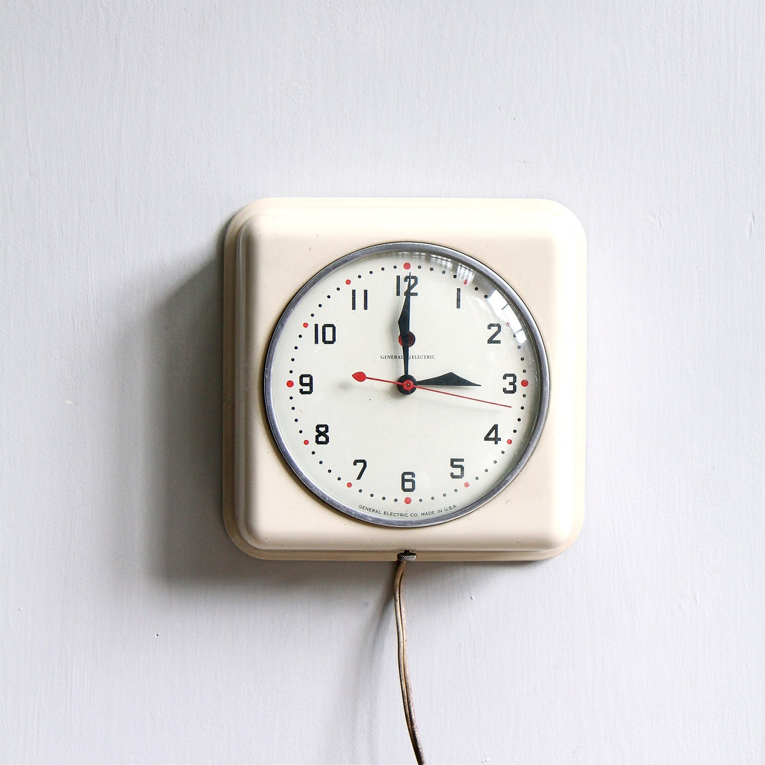 Vintage modern kitchen clock by ethanollie on etsy Modern clocks for kitchen
