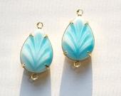 Vintage Blue White Glass Leaf Teardrop Stones 2 Loop Brass Setting 18x13mm par004NN2