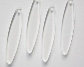Vintage Acrylic Clear Flat Oval Pendant Drop pnd157