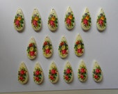 16 Gorgeous Vintage Floral Decal Plastic Teardrop Beads Cabs