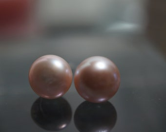 CLEARANCE - Limited Time 75 PERCENT OFF Sweet and Simple 925 Sterling Silver Lilac Cultured Fresh Water Pearls Earrings