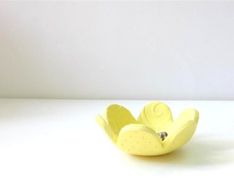 Lemon Yellow Ring keeper Bowl, Ring Bowl, Lace Texture Handmade Home Decor