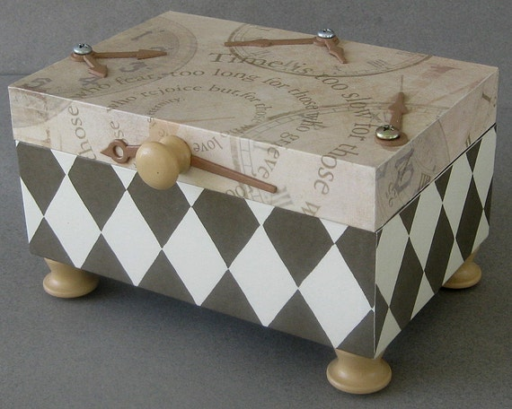 Harlequin Time Keepsake Box