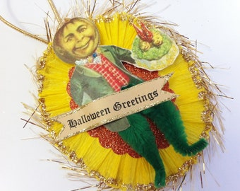 VEGGIE Man #2 HALLOWEEN vintage style chenille ORNAMENT oval medallion