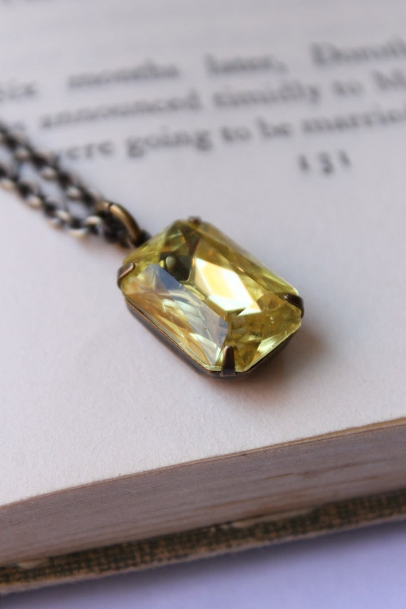 Yellow Daffodil, Jonquil, Vintage Glass Jewel Necklace, Sunlight,  Hollywood Glam, Pendant,