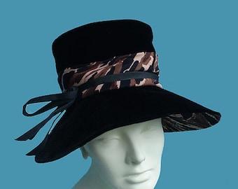 Vintage 60s Black Velvet Hat with Animal Print