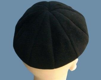 Vintage 30s Black Velour Structured Beanie Hat