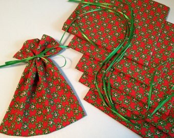 CHRISTMAS in July, Mini Gift Bags, Favor Bags, Fabric Treat Bags, Gift Wrap, Product Supply Bags, Soap Bags, Traditional Christmas, Holidays