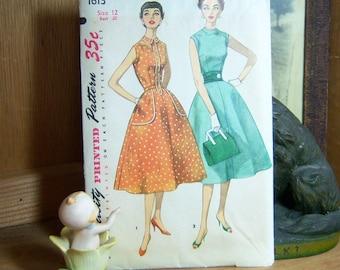Vintage Simplicity 1613 Dress Pattern Uncut Bust 30 Sz 12