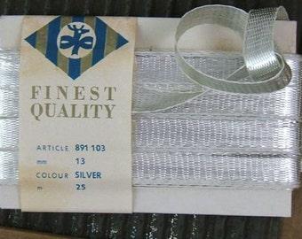 Vintage 1950s Silver Lahnband - Real Metal Ribon - Silver - One Yard
