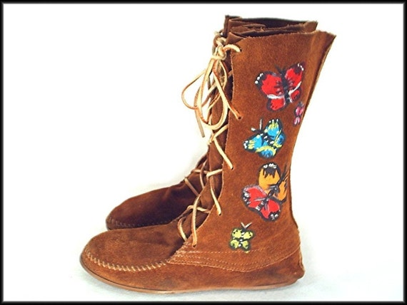 70's vintage BUTTERFLY hand-painted hippie moccasin boots 8