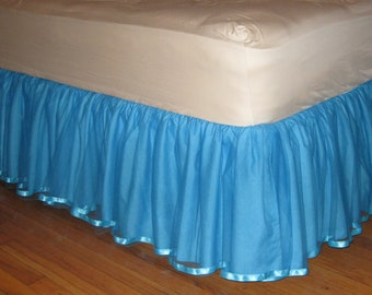 Twin Tulle Bedskirt in Turquoise