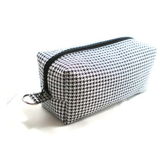 Medium Zipper Box Pouch Project or Travel Case Black and White Houndstooth