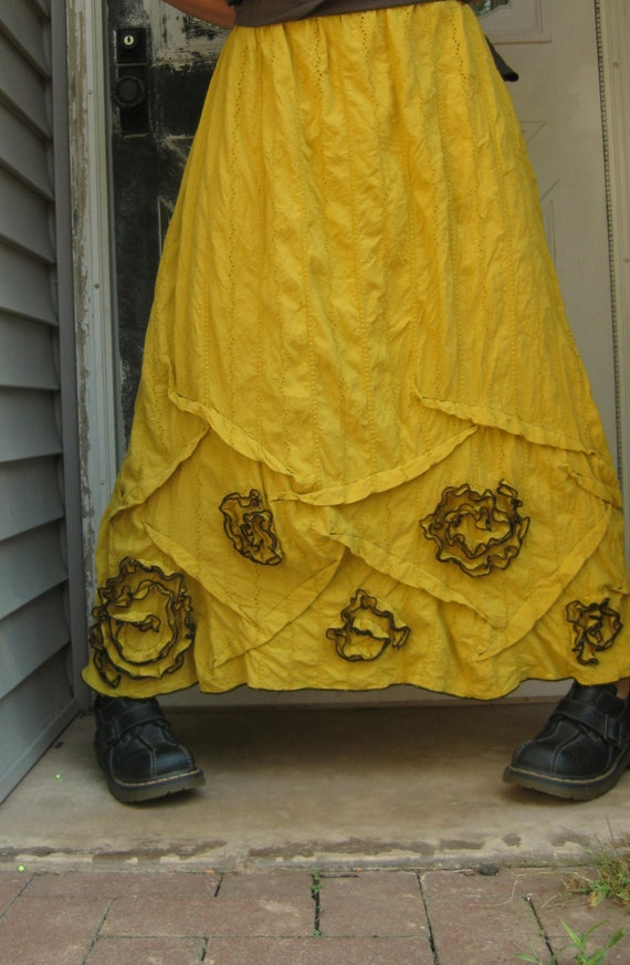 Yellow Eyelet Long Swirly Skirt XL