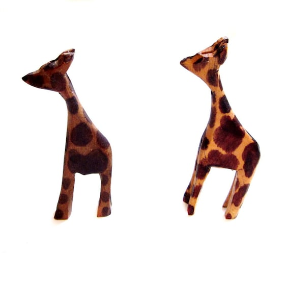 Vintage Carved Wood Giraffe Figurine Set