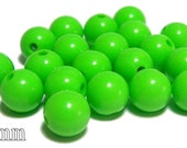 10mm Opaque acrylic plastic beads in Lime Green 20 beads