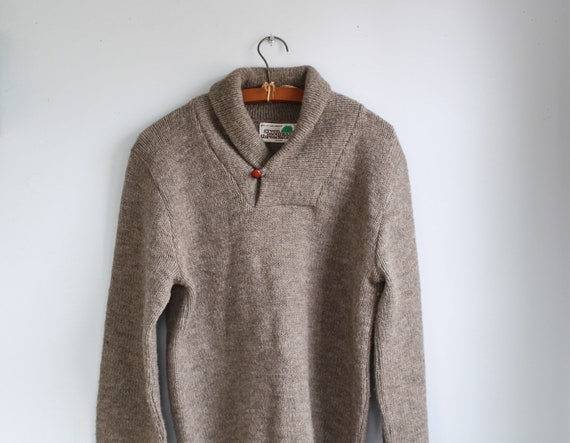 vintage shawl collar sweater. Men's large. 1980s toasted taupe ragg wool. Rustic woodland / the HASH BROWNS sweater