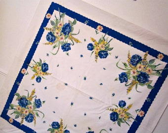 Tablecloth Cotton Linen Tablecloth. Bouquets of Flowers.