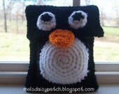 Penguin Nintendo DS Case With Game Pockets. PDF Pattern