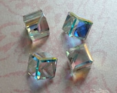 4 Swarovski Cube Stones - Art 4841 - Crystal AB Comet Argent Light Z - 8mm