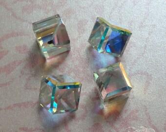 4 Swarovski Cube Stones - Art 4841 - Crystal AB Comet Argent Light Z - 8mm