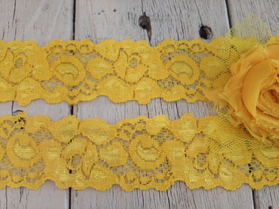 Stretch Lace YELLOW LARGE FLORAL -1 1/2 inch -5 yards