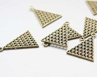 12pcs Antique Brass Base Metal Pendant - Triangle - Geometry 21.5x28mm (26515Y-O-146B)