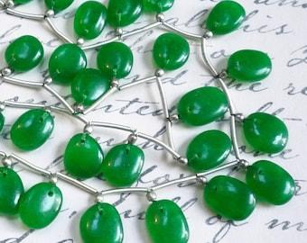 Vivid Green Jade Slice Briolette Beads , Oval Gemstone 10mm , 1/2 Strand