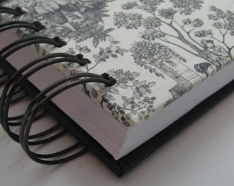 Five Year Line a Day/ Five Year Diary/ Line A Day Journal/ Gratitude Journal/ Line A Day Diary/ Yearly Journal/ Lined Journal/ Black Toile