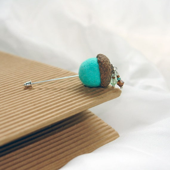 Felt Acorn pin/ The Cute Acorn- to wake up for new day/ Hand felted pin brooch/ boutonniere/mint and brown