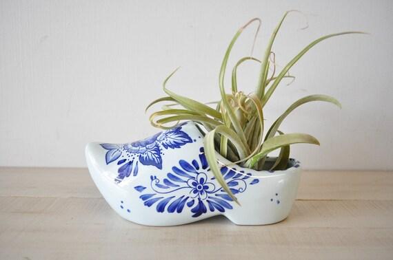 adorable delfts blauw hand painted porcelain shoe planter