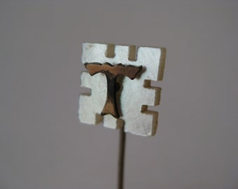T Initial Stick Pin Mother of Pearl Gold Vintage