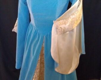 SALE Blue Velvet Renaissance Princess Gown size18