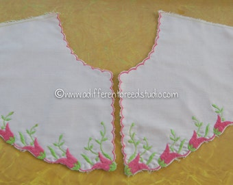 Sweet Vintage Embroidered Collars - Scalloped Pretty Pink Tulips Juvenile