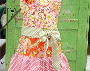 Apron Pattern Amelie by Busy Bee Designs