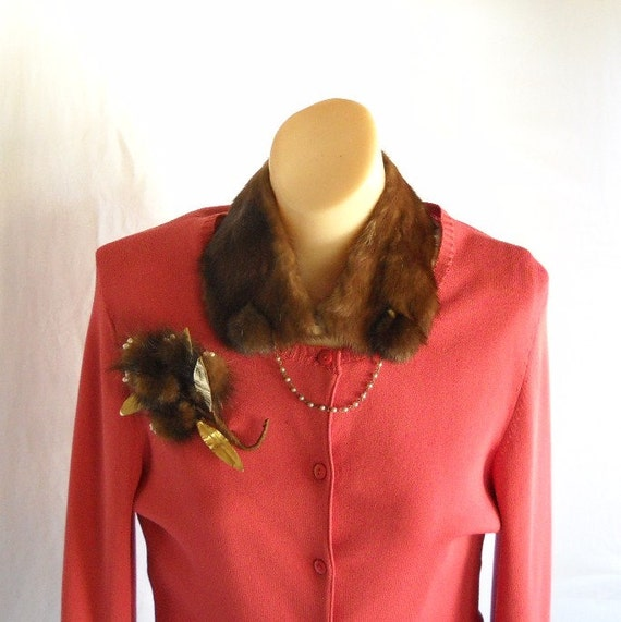 Vintage Collar Clip On Fur Collar and Brooch Set