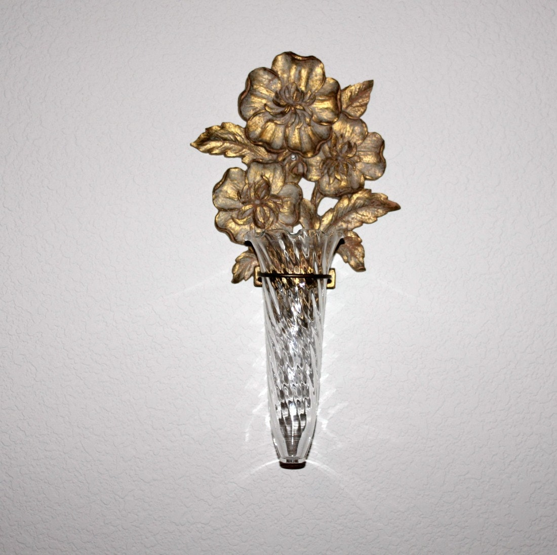 Wall Sconces With Flowers: Vintage Syroco Wood Gold Wall Sconce Bud Flower By